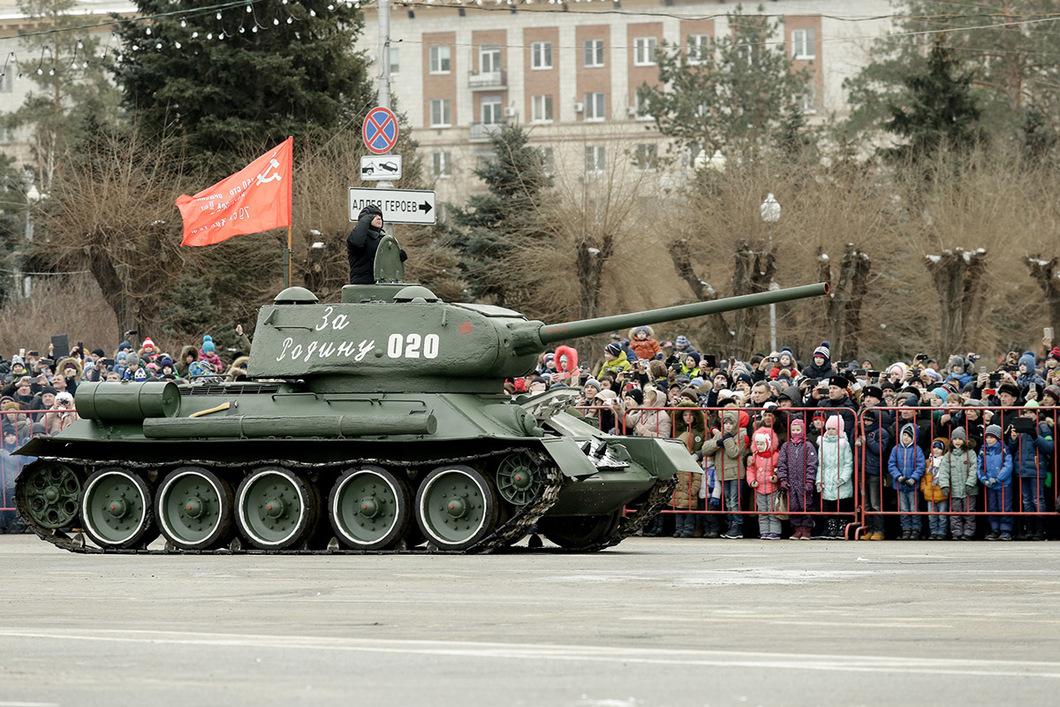 Парад в Волгограде 2 февраля 2018