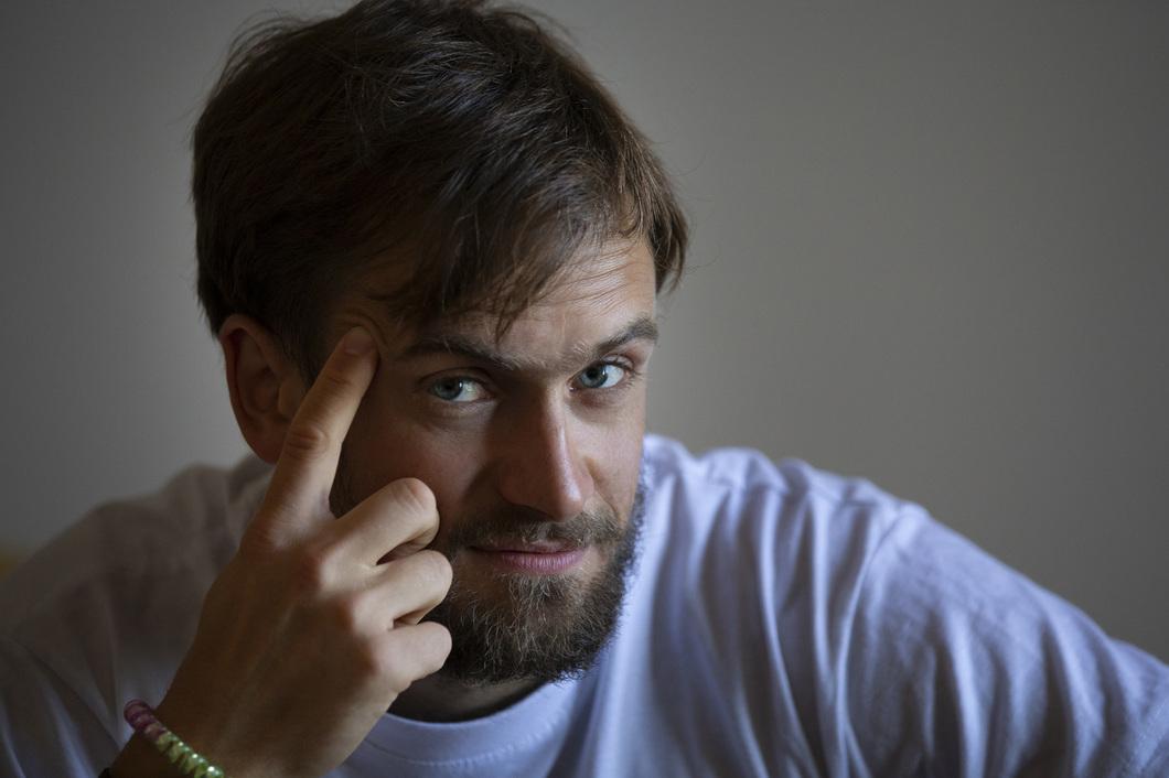 «Добровольно лекарств не принимал». Активист Петр Верзилов попал в реанимацию в тяжелом состоянии с симптомами отравления