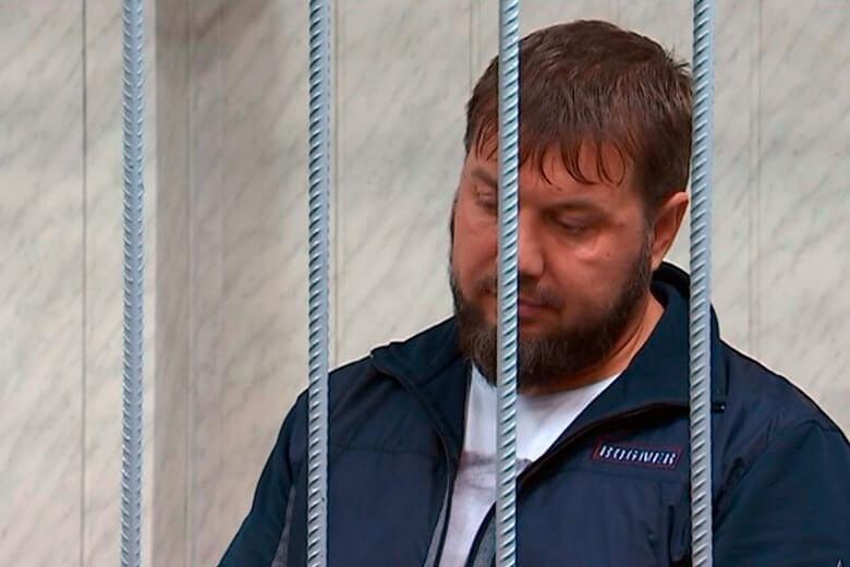 Картинки по запросу фото Охранники депутата Делимханова, обвиняемые в крупном вымогательстве, в самый разгар суда оказались на свободе
