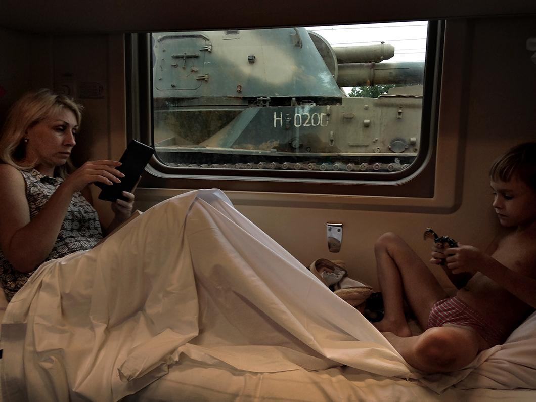 Развратные Голые Тетки В Поезде
