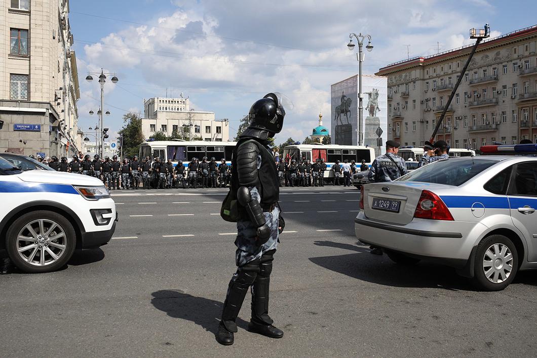 Как полиция и Росгвардия целый день били москвичей