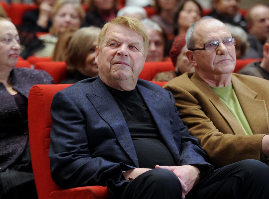 Скончался артист Михаил Кокшенов, сыгравший в фильмах «Спортлото ...