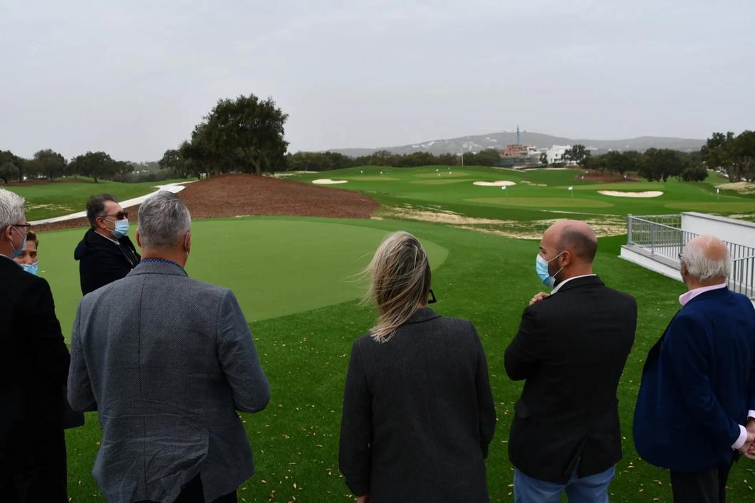 Завершение реконструкции полей для гольфа в клубе Сан-Роке