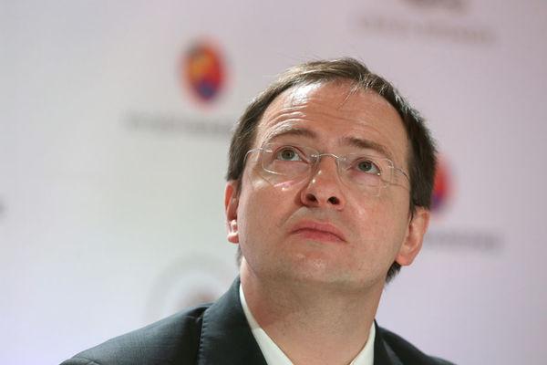 Рязанец требует возбудить уголовное дело на российского министра Social_original-5cbbf7de5e7949bb181661aed82f17fa