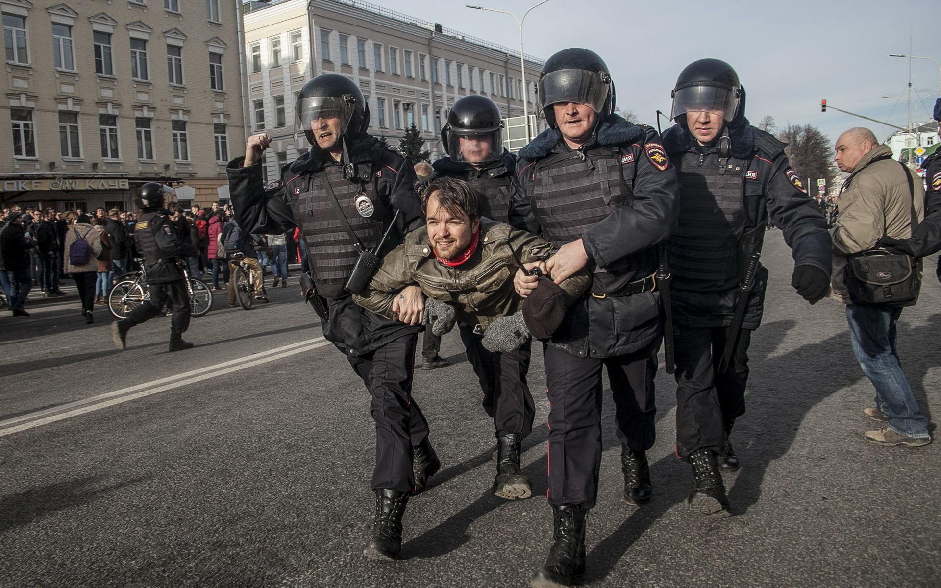 Навальный и диктатура среднего класса