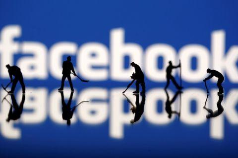 Большой Брат следит за твоими «лайками». Facebook и Марк Цукерберг попали в центр нового скандала, связанного с итогами президентских выборов в США