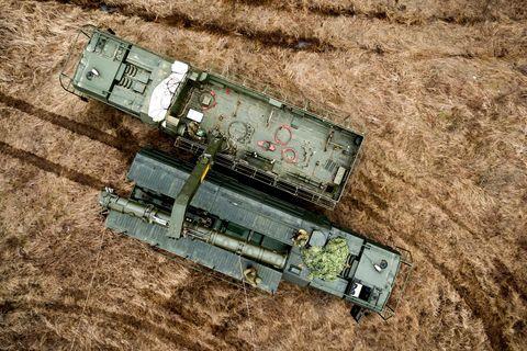 Reuters: «Роснефть» хочет штрафовать покупателей нефти за просроченные из-за санкций США платежи