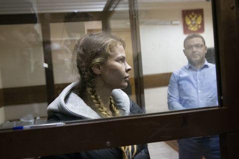 Настю Рыбку и Алекса Лесли отпустили из полиции — адвокат