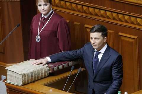 Владимир Зеленский — украинцам: «Сделаю все, чтобы вы не плакали». Как прошла инаугурация