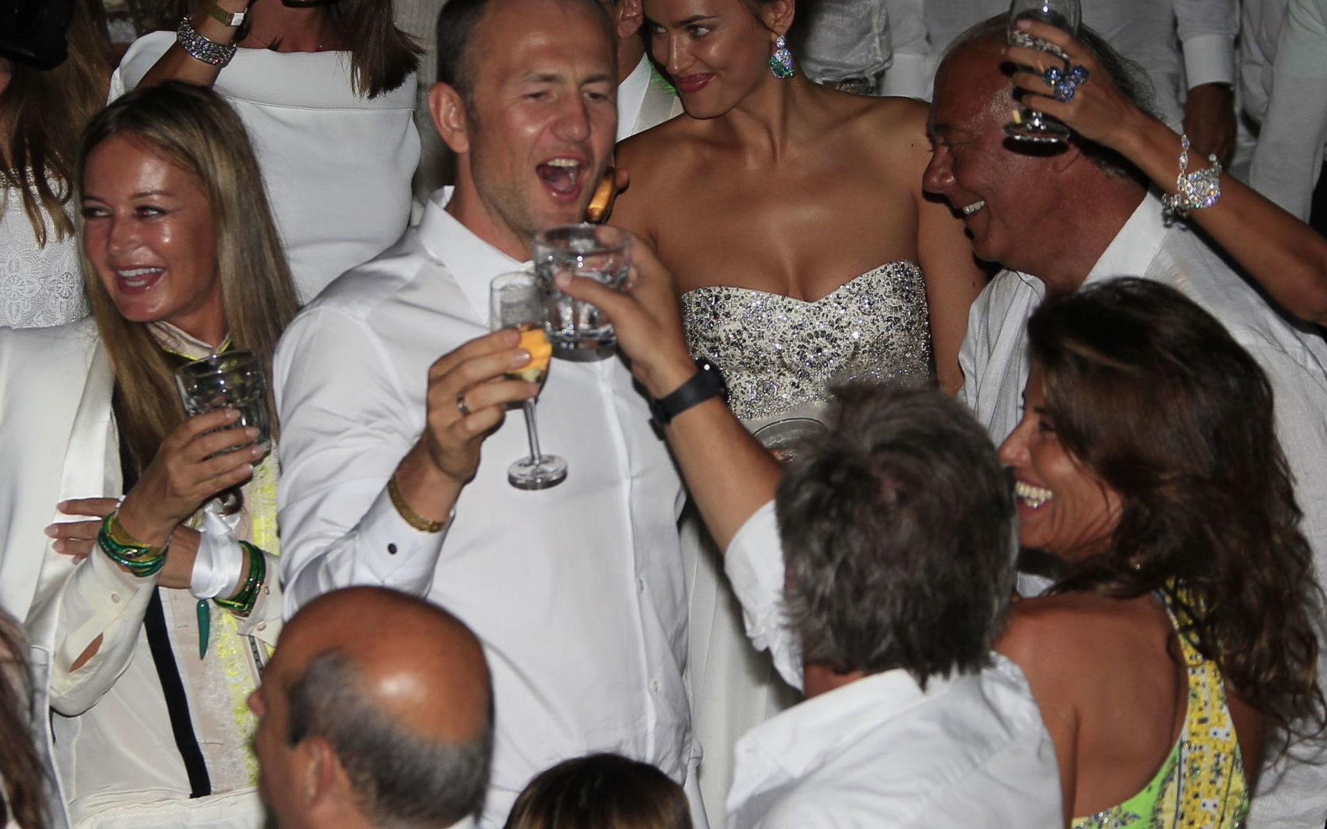 свадьба мельниченко и николич фото любимыми