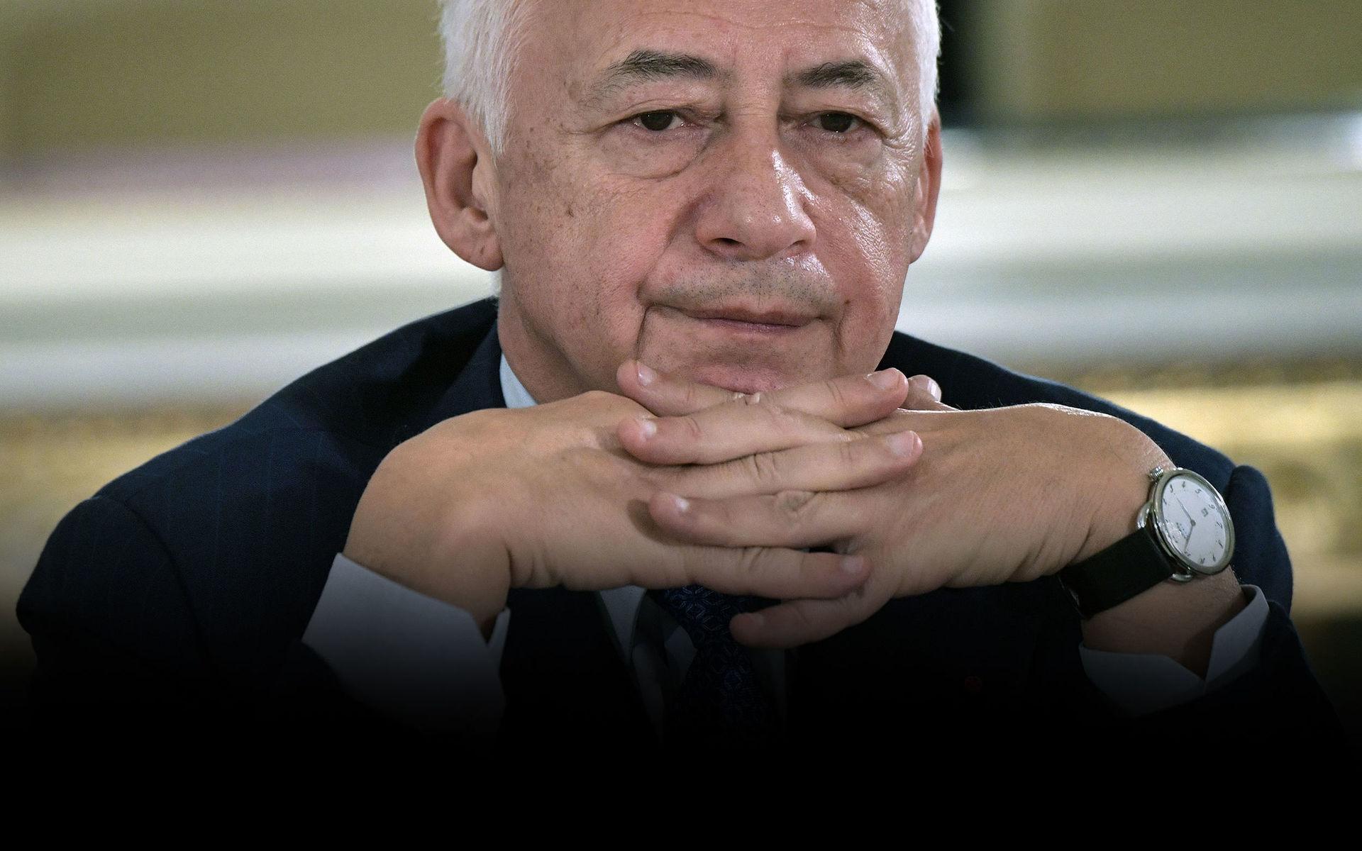 «Мне стыдно носить ваш орден»: Владимир Спиваков отказался от ордена, выданного ему Лукашенко